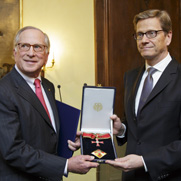 Nunn Receives German Honor in Munich