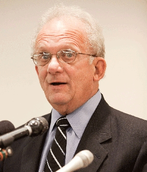 (Jun. 30) -U.S. House of Representatives Foreign Affairs Committee Chairman Howard Berman (D-Calif.), shown last year, yesterday said he did not know if new punitive measures would pressure Iran to alter its disputed nuclear policies (Paul Morigi/Getty Images).