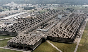 (Jul. 30) -The K-25 facility at Oak Ridge, Tenn., used gaseous diffusion to enrich uranium, before shutting down. A laser-based enrichment technology proposed for U.S. licensing could be housed in a much smaller structure, raising concerns that some nations might use similar processes to covertly produce weapon material (U.S. Energy Department/Christian Science Monitor).