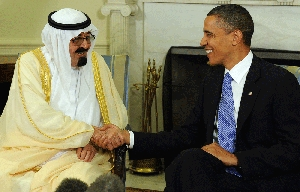 (Jan. 25) -King Abdullah of Saudi Arabia, left, shakes hands with President Obama last year following a meeting at the White House. A senior U.S. Energy Department official has urged the negotiation of a U.S.-Saudi civil nuclear cooperation agreement that does not necessarily include key nonproliferation provisions, according to sources (Roger Wollenberg/Getty Images).