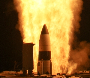 (Jun. 9) -A U.S. Standard Missile 3 interceptor, shown in an April 15 test. Russia's military has justifiable concerns that its nuclear deterrent be undermined by U.S. plans to field missile defenses   in and around Europe, two technical specialists said (U.S. Missile Defense Agency photo).