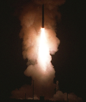 (Aug. 22) -A U.S. Minuteman 3 ICBM lifts off during a trial flight in 2000. The Air Force appears closer to determining what caused one of the missiles to fail in a July test  (U.S. Air Force photo).