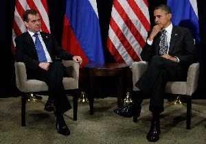(Nov. 14) -President Barack Obama, right, and Russian President Dmitry Medvedev meet on Saturday at the Asia-Pacific Economic Cooperation summit in Honolulu. Neither Medvedev nor Chinese President Hu Jintao publicly expressed backing of a unified stance on Iran's disputed nuclear program, despite Obama's efforts to forge consensus on the matter (AP Photo/Charles Dharapak).